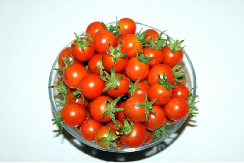 organic-tomato-800x536 A Tomato A Day Keeps Dullness Away!