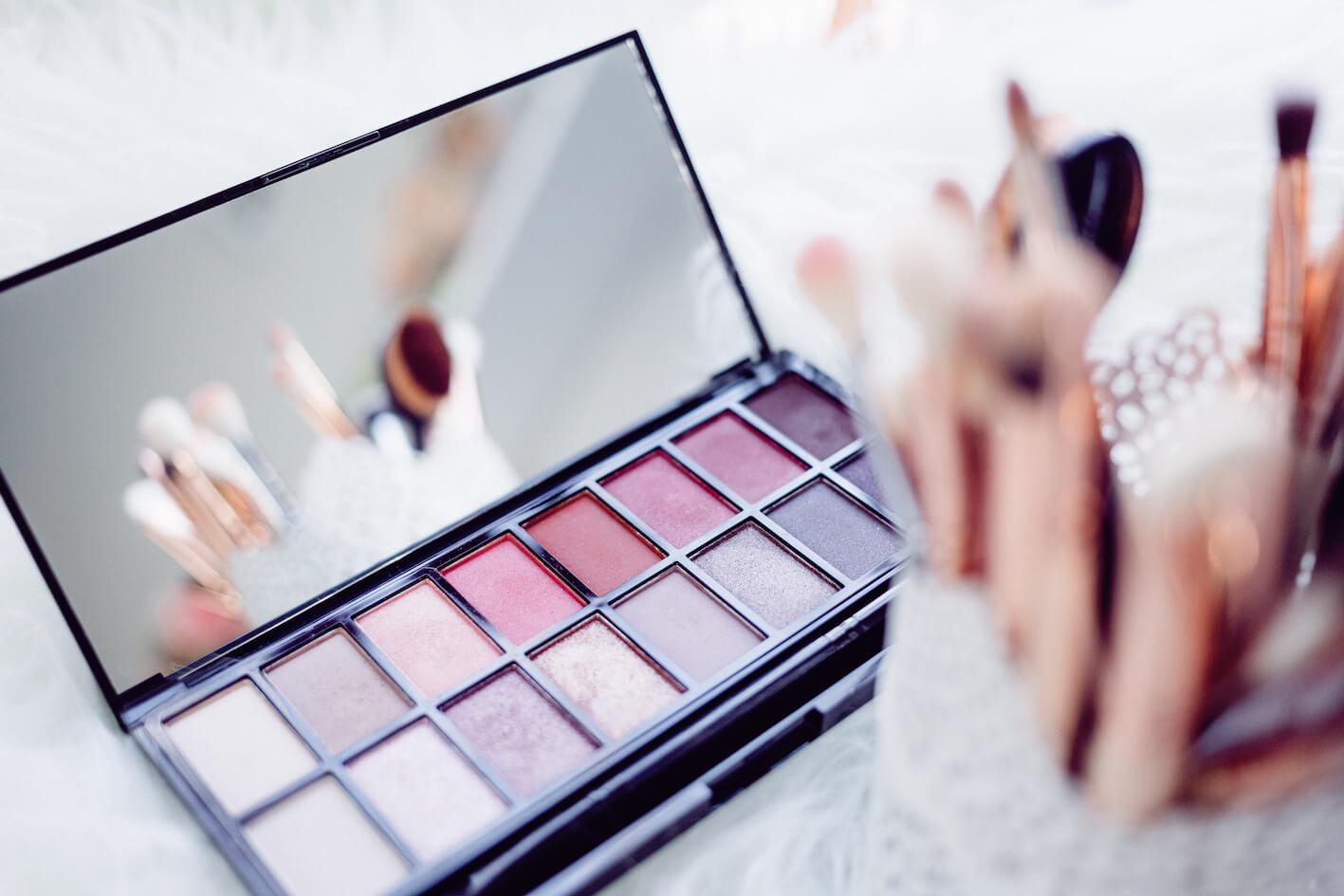 Dr-Hauschka-makeup-abloomnova.net_ How to use Dr Hauschka makeup