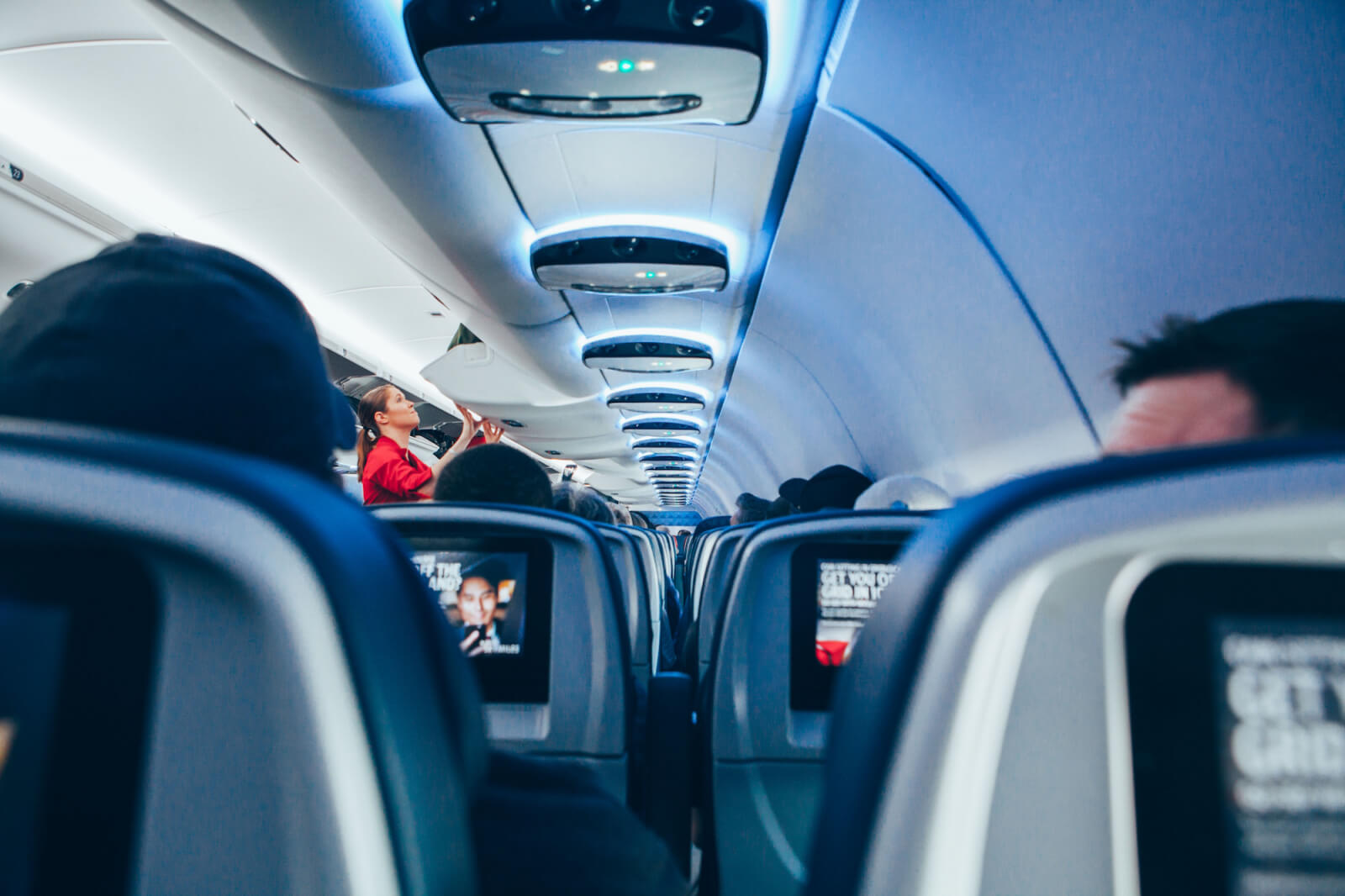 Ella-Bache-Hydra-Repulp'-Creme-Masque-Hyaluronic-Hydratante-–-Hyaluronic-Moisturising-Cream-Mask-abloomnova.net_-1600x1066 Skincare for long haul flights