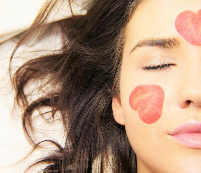 Babor-Skinovage-PX-Vita-Balance-Intense-Moisturizing-Mask-200ml-abloomnova.net_-800x688 How to apply a facemask
