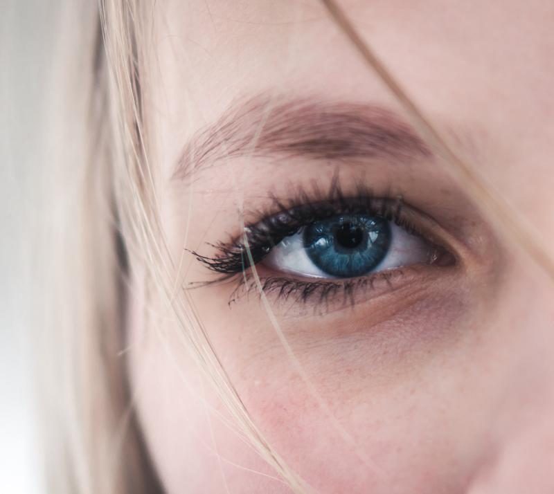 Babor-Skinovage-PX-Sensational-Eyes-Reactivating-Eye-Cream-abloomnova.net_-800x714 Does eye cream work?